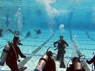 Pool_dive